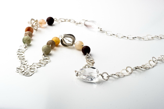 VENUS' HAIR STONE NECKLACE (Rutilated Quartz)